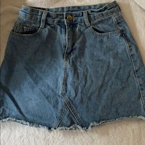 Neverworn Denim skirt